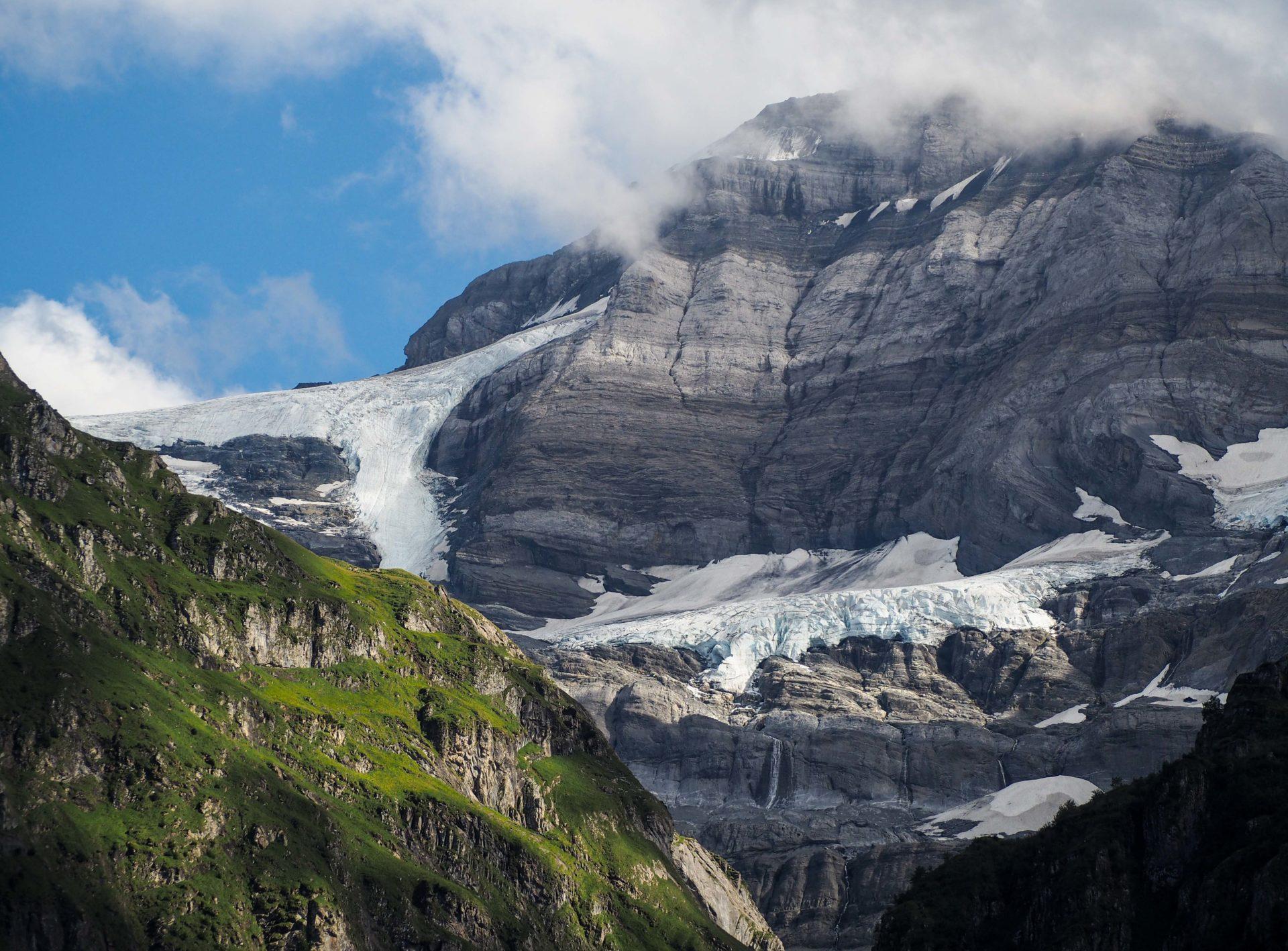 Ma récompense, la vue depuis le Refuge de Bonaveau - Faire le Tour des Dents du Midi en 6 jours en solo et en mode slow - Une randonnée itinérante, un trek à découvrir en Suisse dans le Valais