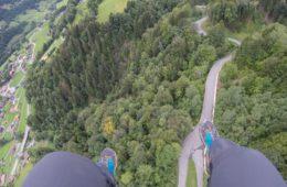 Vol en parapente à Val d'Illiez - Champéry: un séjour détente, nature et sport en Région Dents du Midi, au coeur du Valais dans les Alpes Suisses