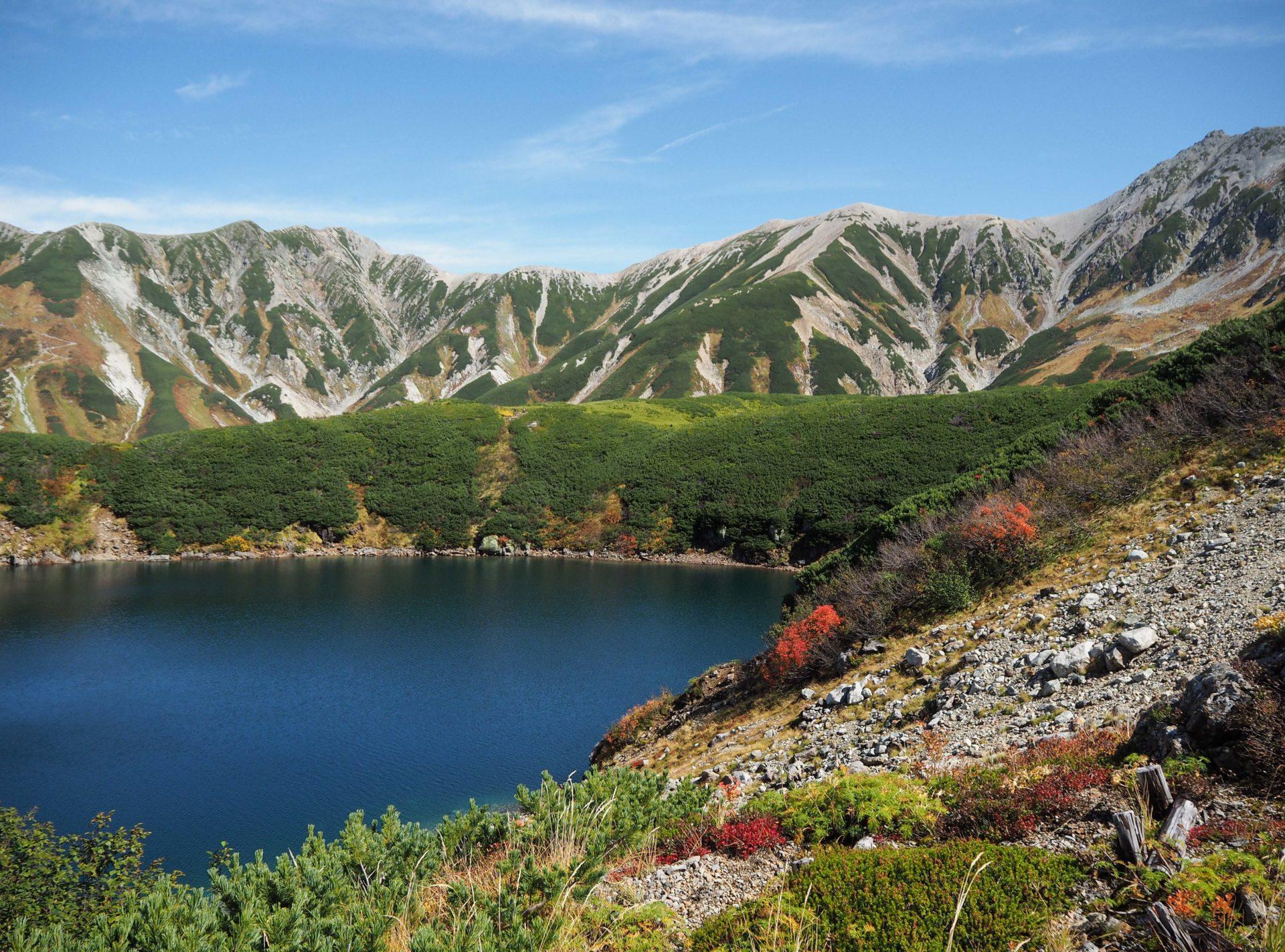 Le lac deMikurigaike - Série photo dans les Alpes Japonaises - Photo Alpes Japonaises - Toyama - Murodo - Tateyama - Japon