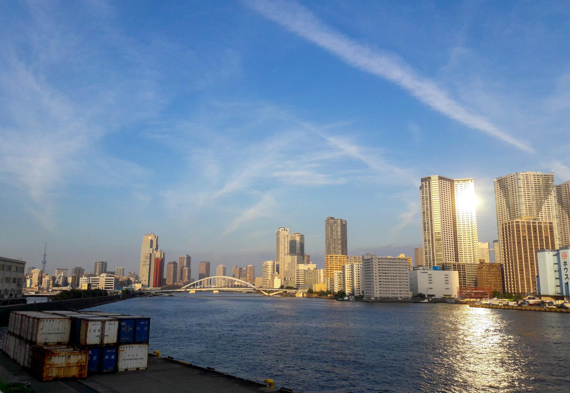 Coucher de soleil sur le fleuve Sumeda - Escale à Tokyo: 24h dans la capitale du Japon - Tokyo en 24h - Récit et itinéraire pour visiter Tokyo en une journée