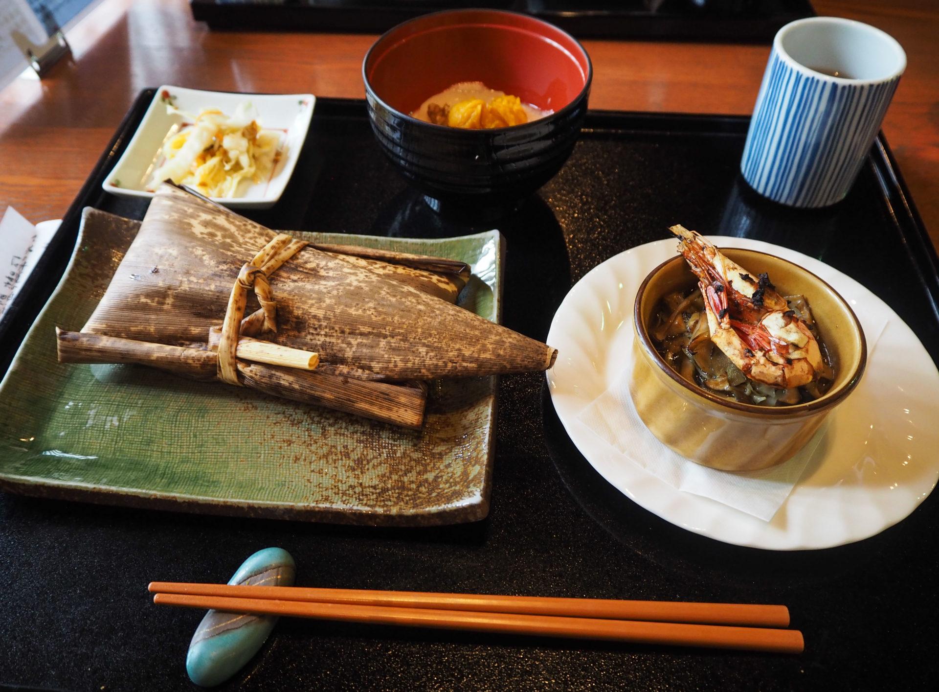 Repas Yakuto à Toyama - Préfecture de Toyama, porte d'entrée vers les Alpes Japonaises - Voyager au Japon hors des sentiers battus