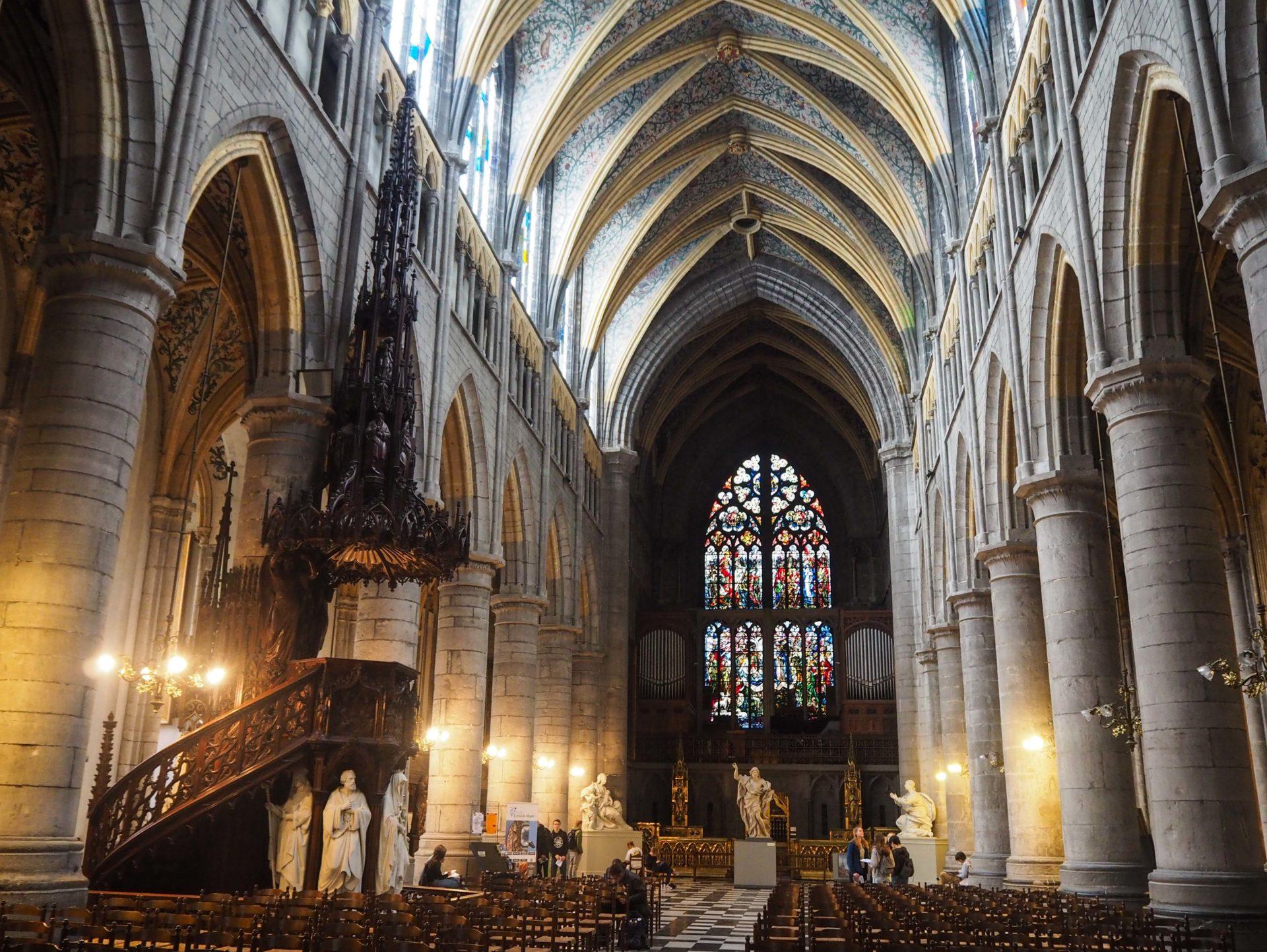 Cathédrale Saint-Paul de Liège - Visiter Liège en Belgique en mode slow - Que faire et que visiter à Liège? - Adresses slow et gourmandes à Liège - Informations pratiques pour visiter Liège et en tomber amoureuse en quelques instants!