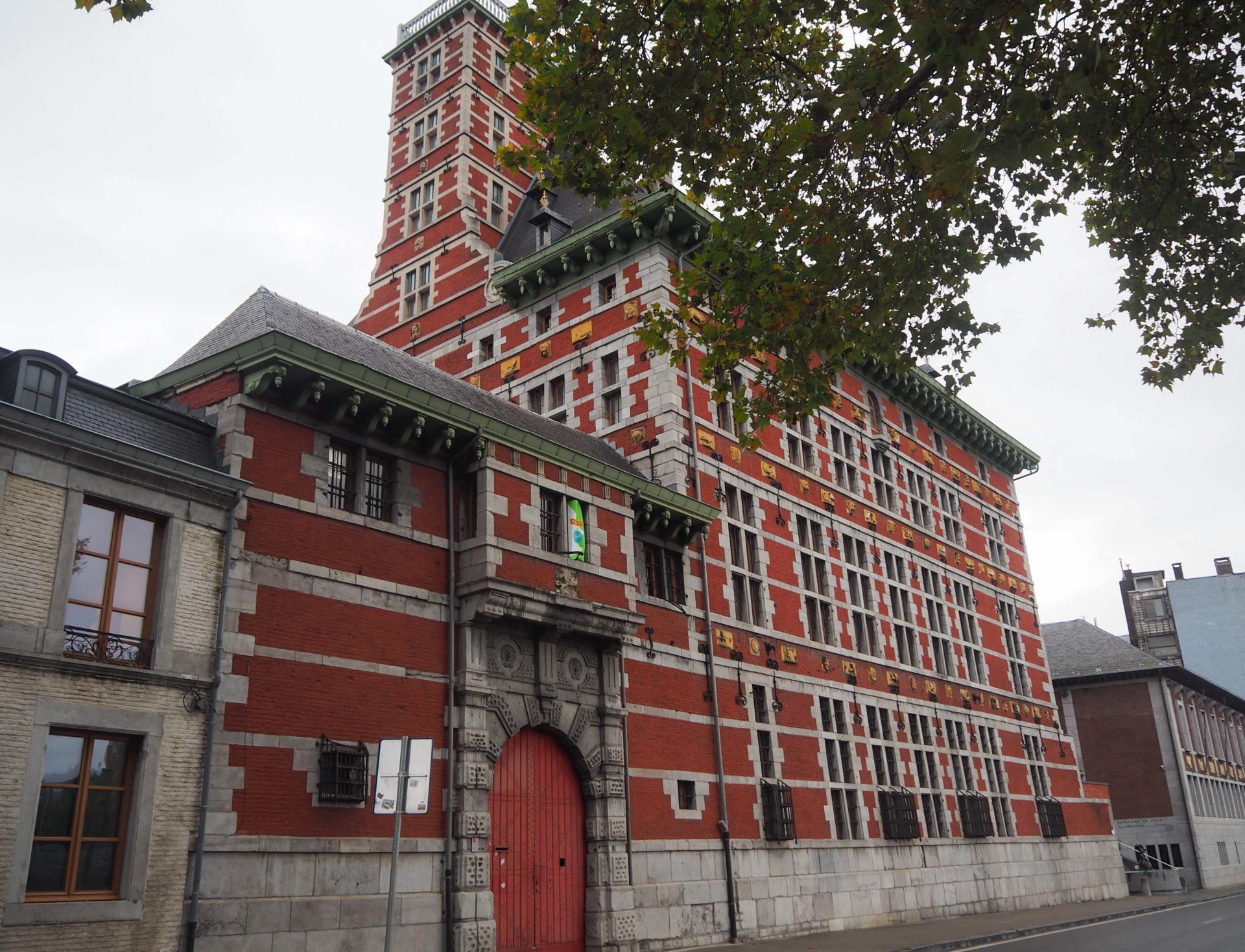 Grand Curtius - Visiter Liège en Belgique en mode slow - Que faire et que visiter à Liège? - Adresses slow et gourmandes à Liège - Informations pratiques pour visiter Liège et en tomber amoureuse en quelques instants!