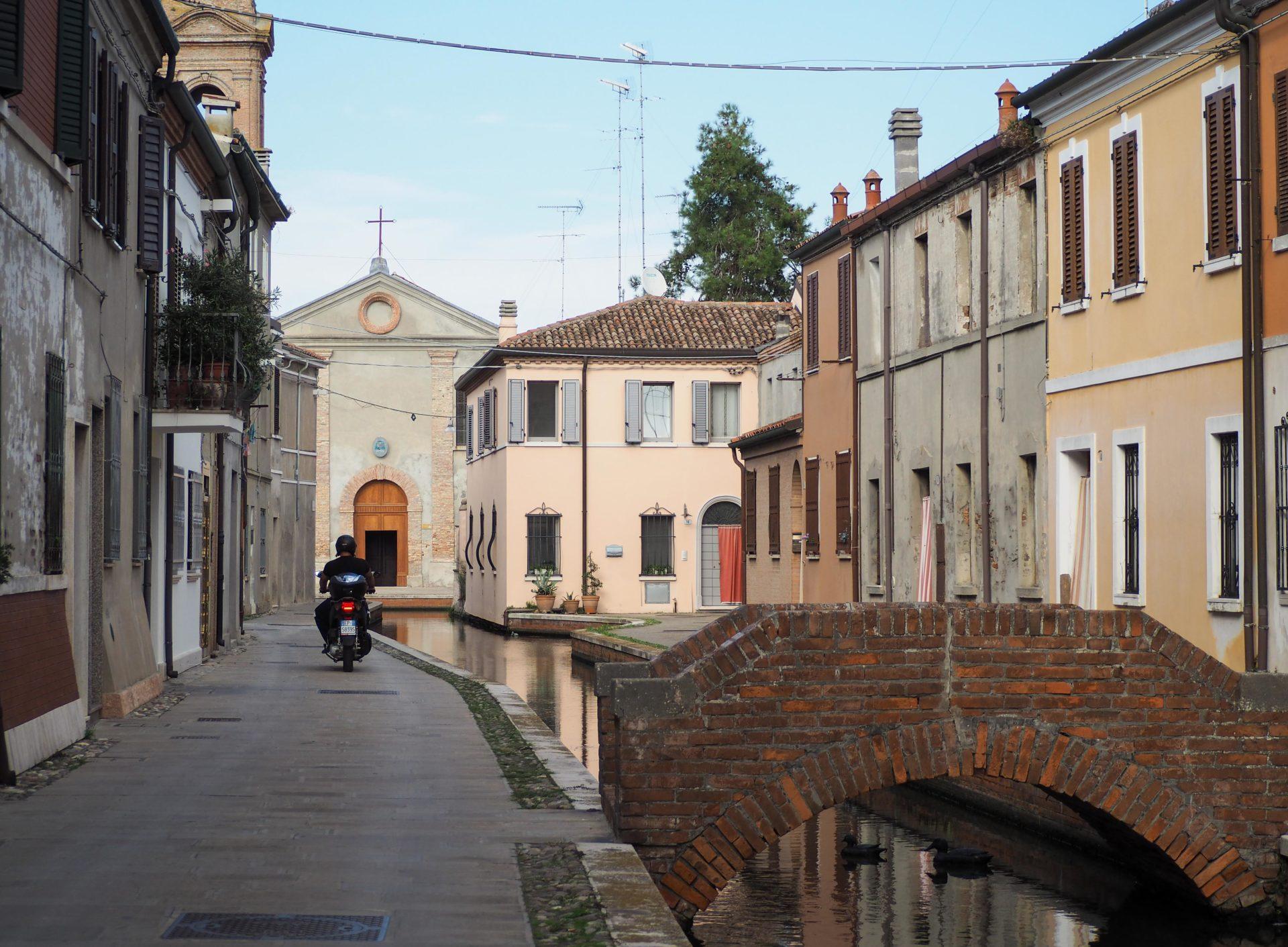 Comacchio - Un voyage nature en Emilie-Romagne, au coeur du Delta du Pô sur la côte Adriatique et du Parc national de la Forêt Casentinesi, Mont Falterona et Campigna dans les Apennins en Italie