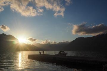 Baie de Kotor au Monténégro au coucher du soleil - L' après - L'après nomadisme et la vie sédentaire